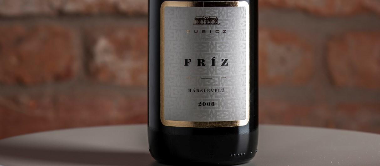 c31cb42c685f Az ötödik – Dubicz Borászat: Fríz Hárslevelű 2008 (félszáraz) Ez a bor ...